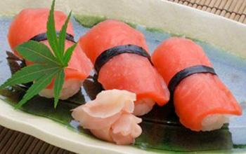 飛騨赤かぶ漬けのにぎり寿司